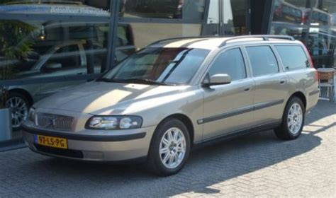how to learn about cars 2003 volvo v70 windshield wipe control volvo v70 2 4 d5 2003 gebruikerservaring autoreviews autoweek nl