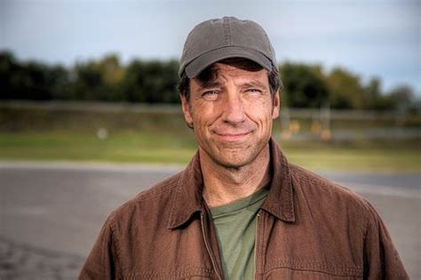 mike rowe house quot dirty jobs quot host mike rowe responds to attacks for walmart ad red alert politics