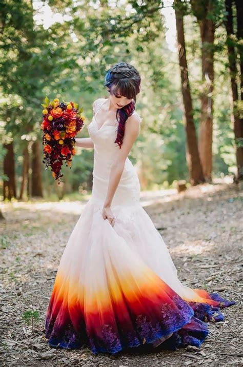 Brautkleid Farben by So Stylish Ist Heiraten Heute Mit Dip Dye Brautkleidern