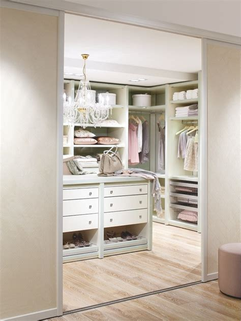 40 pretty feminine walk in closet design ideas home