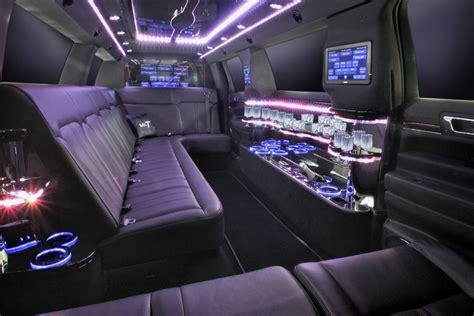 Limousine Interior by Lincoln Mkt 8 Passenger Limo Chicago Pontarelli