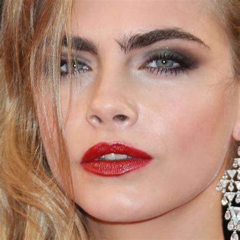 cara delevingne pink lipstick cara delevingne makeup steal her style
