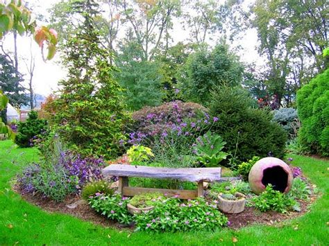 Backyard Flower Gardens Ideas Island And Berm Gardens On Pinterest Front Yards Flower Beds And Landscaping