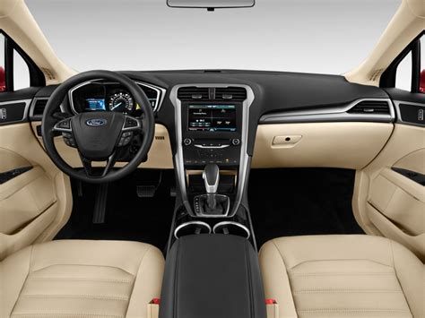Se Interior by The 2014 Toyota Camry Vs The Honda Accord And Ford Fusion