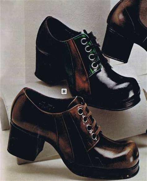 High Heels At11 Hitam 70 platform shoes 70s fashion