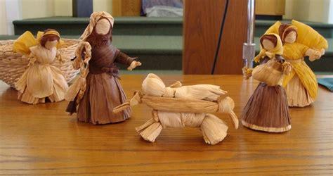 corn husk doll nativity set 133 best images about paper twist on nativity