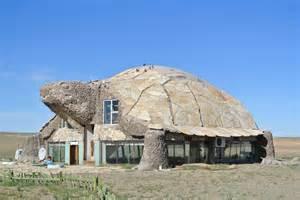 turtle house in gobi desert designclaud