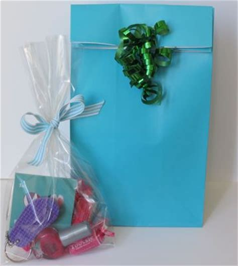 what to put in a gift bag make inexpensive treat bags using target