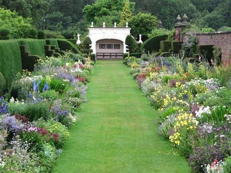 giardino di marzo i lavori di marzo lavori mese giardinaggio lavori