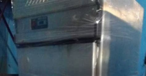 Harga Freezer Merk Gea kerinda cahaya equipment upright chiller freezer 2 pintu