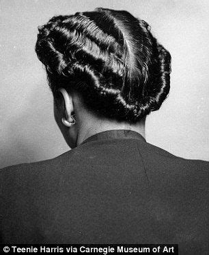 short hairstyles for african americanmen in thee 1950 photographer s archive spotlights women s hairstyles from