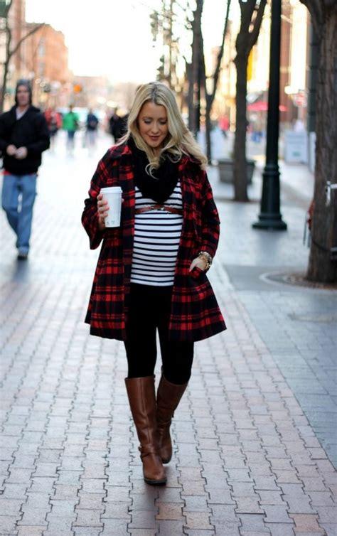 stylish maternity winter outfits  enjoy  season