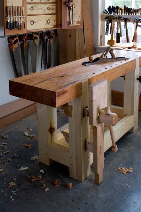 bench magazine take a look a roubo for 2010 popular woodworking magazine