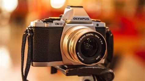 best low light mirrorless camera featured em5 mnc