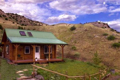 yellowstone cabin cabins in montana near yellowstone custom built house