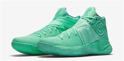 Kyrie 4 Greenglow kyrie 2 green glow gs