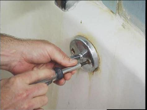 unclog  bathtub   trip lever unclog