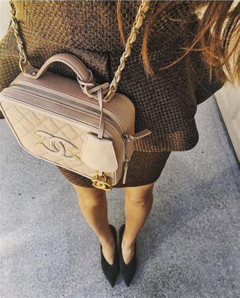 Chanel Cc Filigree Vanity Bag 1145 Tas Fashion Wanita Impor chanel cc filigree vanity bag for best designer bags review