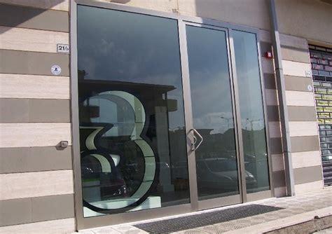porta ingresso negozio portoni su misura a roma 10 mod preventivo gratuito