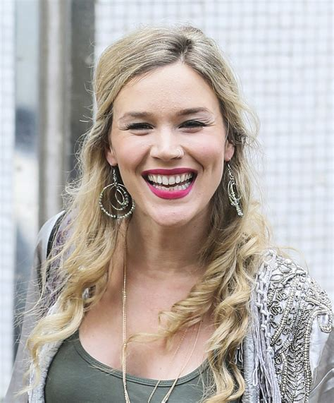 joss stone photos photos joss stone leaving the itv