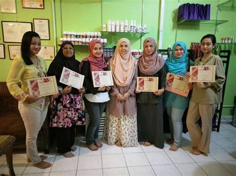 Make Up Di Laris Salon Benhil kursus spa kursus kursus urutan kursus