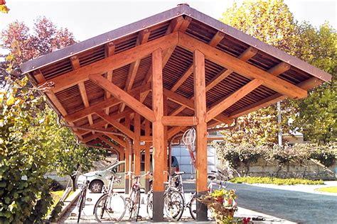 tettoie in legno chiuse tettoie in legno per barbecue con coperture in legno per
