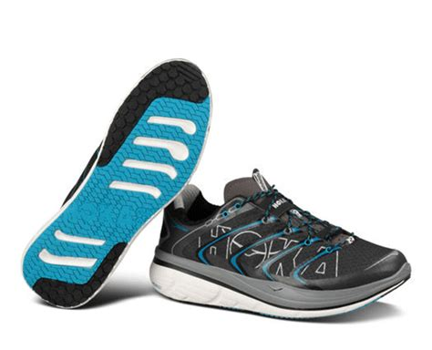thin soled running shoes is maximum cushioning for you running excels