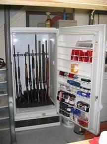 Target Red Bookshelf Gun Rack For Single Gun Rifle Shotgun Or Fishing Pole Wall