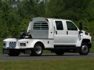 Chevrolet C4500 Kodiak Images Of Chevrolet Kodiak C4500 Crew Cab 2004 09 2048x1536