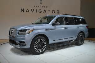 2018 lincoln navigator black label is a three row
