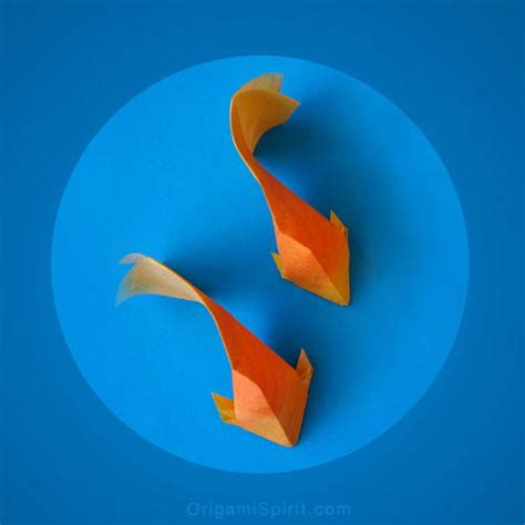 Gold Fish Origami - ethereal origami goldfish allfreepapercrafts