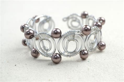 how to make wire jewelry designs wire bracelet designs how to diy bangle bracelets in