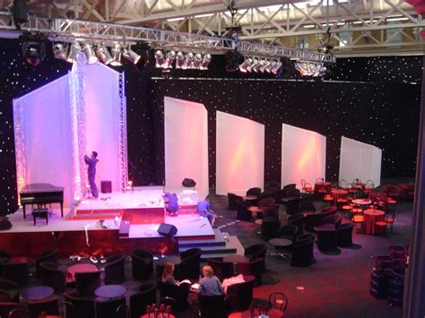 drape hire london which led star cloth drape hire is best for your event
