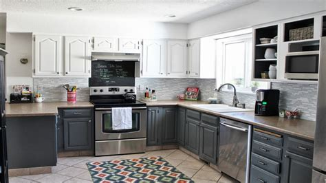 Gray And White Kitchen Designs Grey And White Country