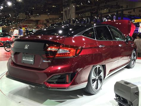 image honda clarity fuel cell  tokyo motor show size    type gif posted