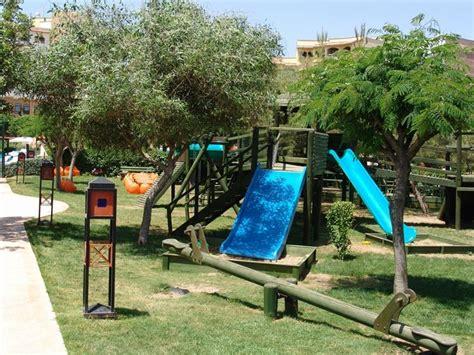 mobili per giardini mobili per giardino mobili da giardino caratteristiche