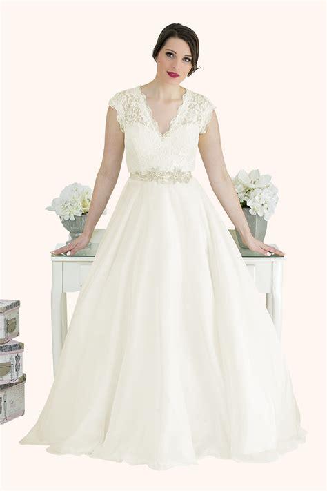 V Neck Wedding Dresses Uk by Estilo Moda Bridal Wear Blogs