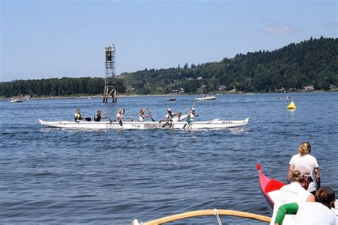 new year race across the river river outrigger canoe club sending teams to world s
