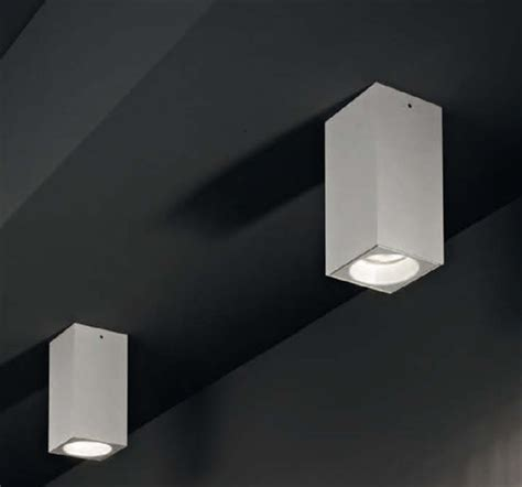 faretti spot da soffitto faretto a spot da soffitto 1x35w taddel by linealight