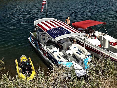 pontoon paint america on display custom paint job adds unique flair