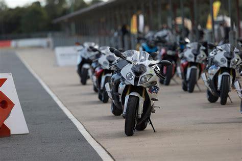 Bmw Motorrad Qld by Bmw Rr Experience Track Day Test Rides Mcnews Au