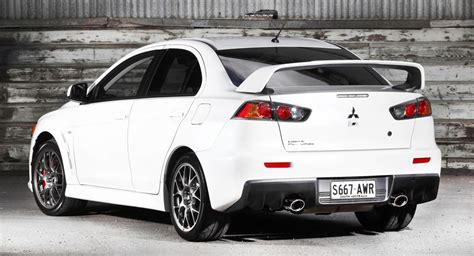 mitsubishi evolution 2014 mitsubishi lancer evolution updated for 2014 photos 1 of 8