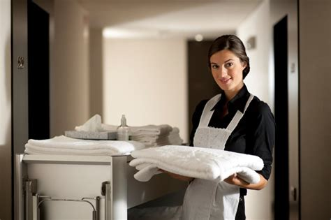 7 must topics to successfully learn for hotel housekeeping fluentu