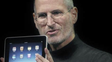 who wrote biography of steve jobs steve jobs inventor biography com