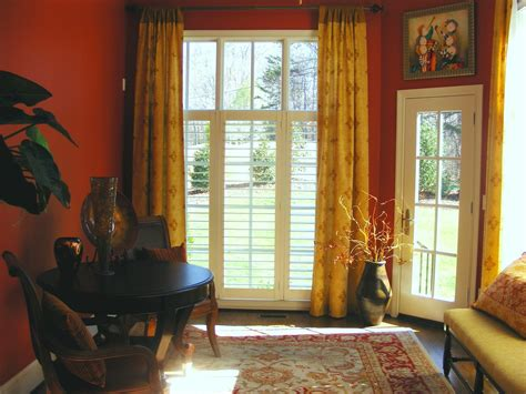 yellow walls red curtains red curtains yellow walls curtain menzilperde net