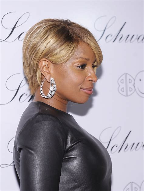 mary j blige hairstyles pictures mary j blige diamond hoops mary j blige looks