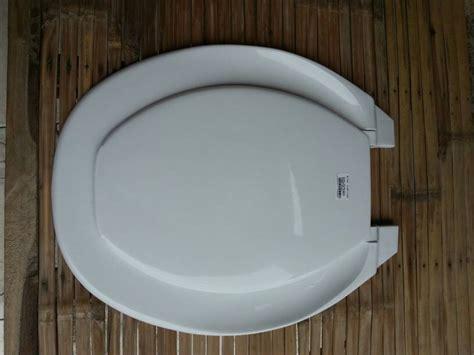 Kloset Toilet Closet Stiker Jm906 jual tutup cover toilet kakus closet duduk merk