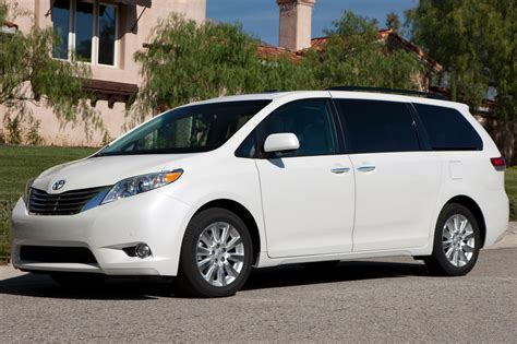 how to fix cars 2012 toyota sienna navigation system service manual how fix replacement 2012 toyota sienna for a valve gasket service manual how