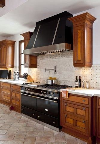 range hood sarl in the french lacanche range in black i prefer the stainless steel or country colors