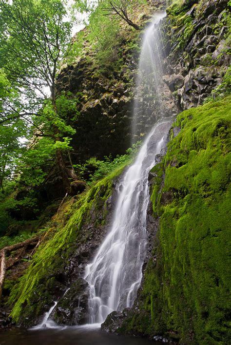 cabin creek cabin creek falls oregon united states world waterfall